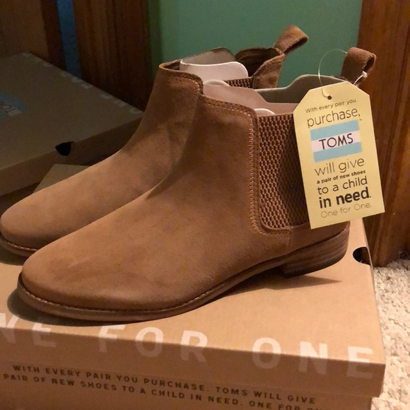 5769bef0bad Toms Ella Toffee suede boots. M 5abfa78d8290afaeeae84ea9